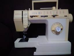 Máquina de costura Singer Prêt à Porter