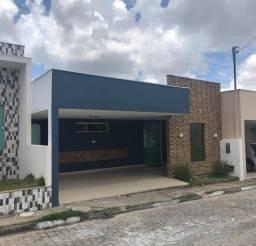 Casa com area gorumet no cond alegria 2 ,reformada e área para ampliação