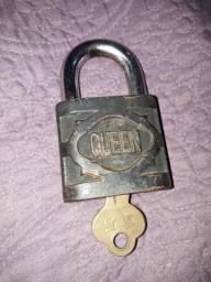 cadeado antigo
