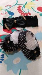 Kit tiara + sapatinho preto poá