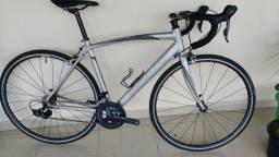 Bicicleta speed specialized allez sense oggi caloi trek shimano sram carbono