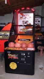 Basquete Eletronico Fliperama Streetbasketball, semi nova