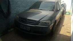 Astra sedan CD troco caminhão baú - 2004