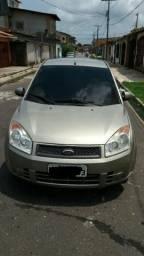 Fiesta - R$ 15.000,00 - 2010