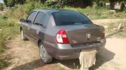 Renault Clio R$ 7500,00 - 2006