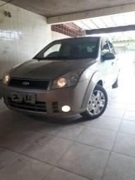 Fiesta Sedan 1.6 completo(Leia) - 2008