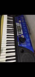 Vende- se teclado Yamaha PSR 202
