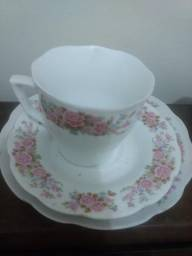 Conjunto de xícara e prato de sobremesa 2fa10b66530ff