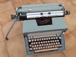 Máquina de escrever Remington - vende-se