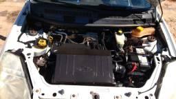 Vendo Ford Ka 2009 com ar condicionado gelando trava e mala elétrica na chave