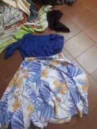 Corra aproveite bem baratinho um lindo fardo de roupas para Bazar