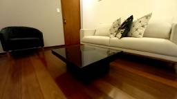 Mesa e centro laqueada