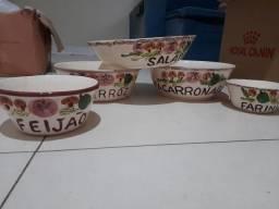 Conjunto de porcelana cozinha