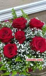 Buquê de flores 60,00 com 5 botoes (contato na descrição)