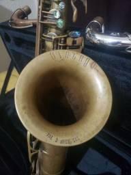 Sax tenor vintago semi novo