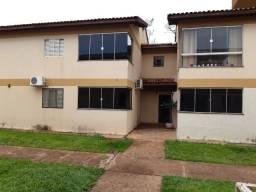 Apê térreo, 2 quartos sendo 1 c/ armário, sala ampla, cozinha, garagem coberta. Coophamat