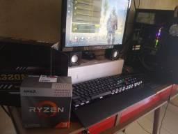 PC gamer novo na caixa