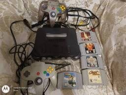 Nintendo 64 2 controles 5 cartuchos no estado