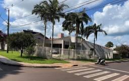 Vende-se casa no centro em Campo Mourão PR
