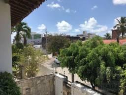 Casa com 3 dormitórios para alugar, 300 m² por R$ 3.500,00/mês - Bessa - João Pessoa/PB