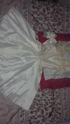 Alugo vestido de festa 10 anos veja a descrição