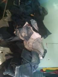 Vendo jeans barato , serve para bazar. ( Não tem calças masculino)