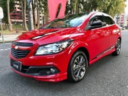 Chevrolet - Onix Effect 1.4 8v Completo - Impecável - 2016