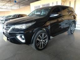 Toyota / Hilux Sw4