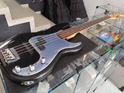 Baixo Fender Squier P Special Bass