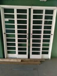 Vendo ou troco porta de aluminio