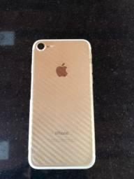 Vendo iPhone 7 dourado 32G