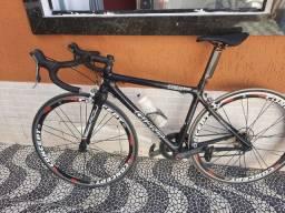 Vendo bike speed giant  de carbono