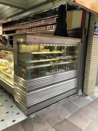 Vitrine Expositora refrigerada para padaria, confeitaria etc
