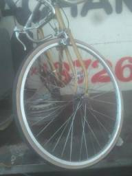 Bicicletas Caloi 10 e Monark Sprint usadas para venda