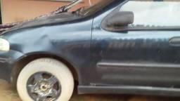 Vendo um carro modelo palio - 2003