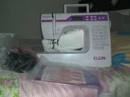 Máquina de costura Elgin digital