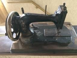 Máquina de costura manual, retrô