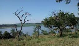 Terreno 600m² faz fundo com a represa Jurumirim em Arandu/SP. Tem escritura