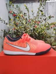 Chuteira Society Nike Phantom N°37