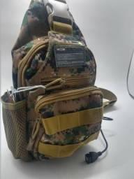 Bolsa Peito Transversal camuflada e mochila Ombro Pochete