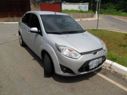 Fiesta SE sedan 1.6 - 2014 completo com ABS e Air Bag bem conservado