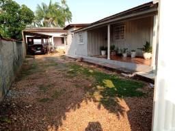 Vendo duas casas mesmo terreno Pimenta Bueno bairro seringal valor 270mil