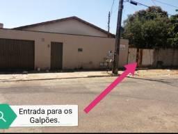 2 Casas + Galpão em terreno de 1.647 m², Vila Irani - Goiânia