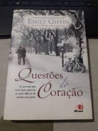 Livro Questões do Coração (Emily Fiffin)