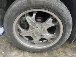 Vendo jogo de rodas aro 20 c pneus meia vida cromado!!