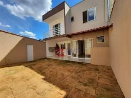 Título do anúncio: Casa com 3 dormitórios à venda, 110 m² por R$ 449.000,00 - Fontesville II - Juiz de Fora/M
