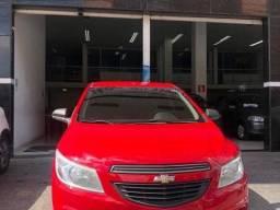 Vitória - Chevrolet Ônix Vermelho 1.0