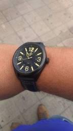 Vende-se relógio condor praticamente novo 230