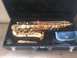 Sax alto jupiter completo  tá Novo cem uso