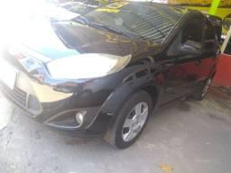 Fiesta Sedan 2013 COMPLETO IPVA pago pela loja